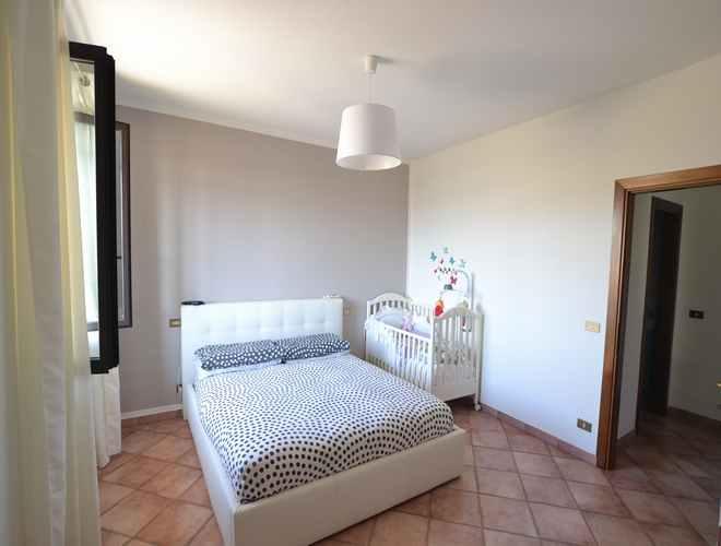 Vendesi casa a Montecarlo Lucca